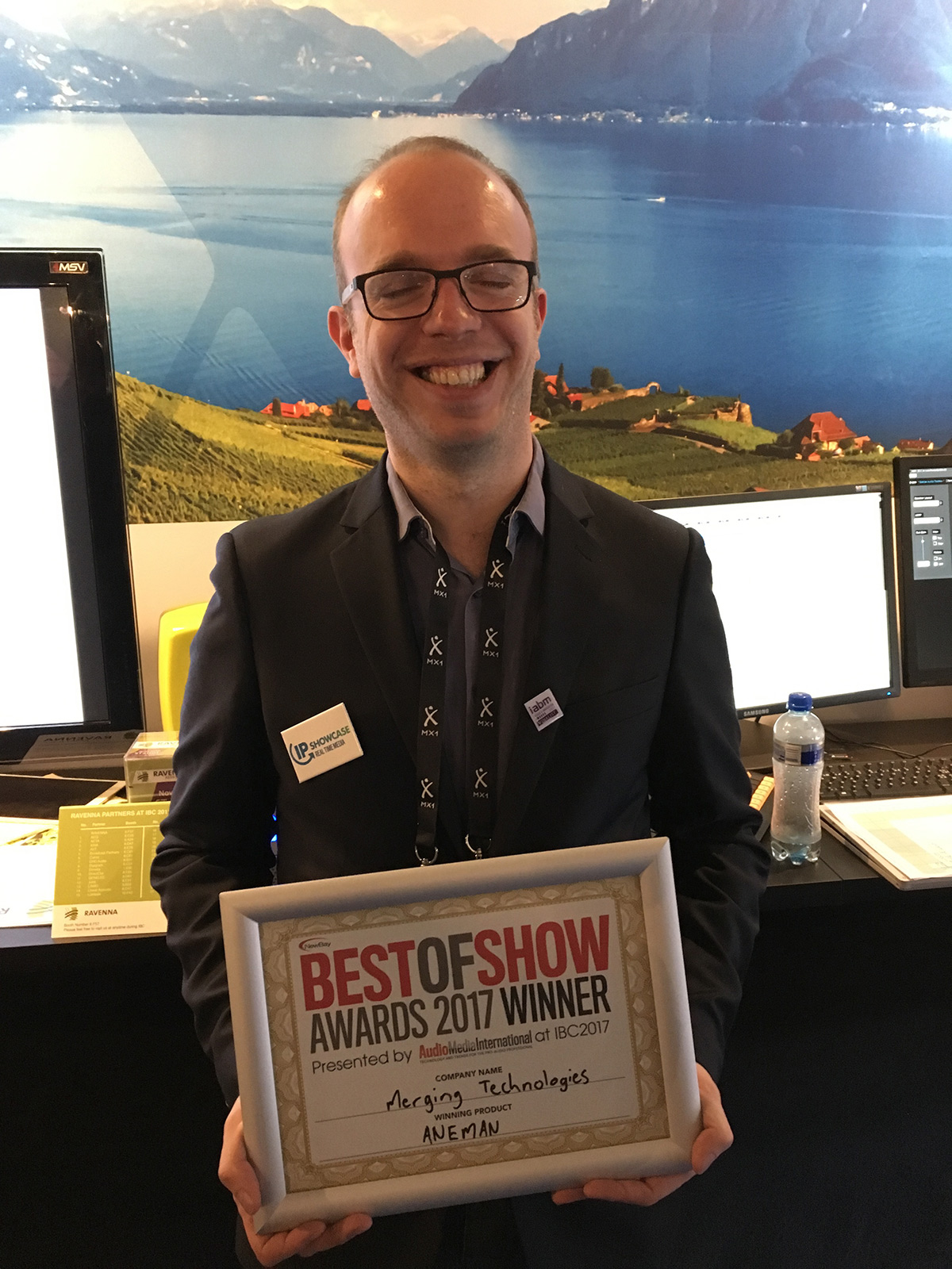 Nicolas Sturmel with Best Of Show award