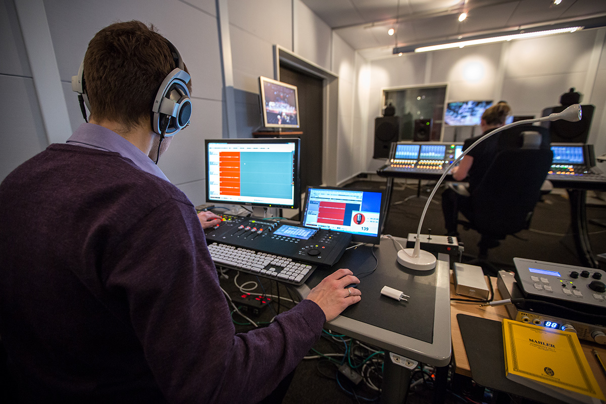 Pyramix Screens – View over Thomas Wolden's shoulder. Shows NRK Lawo console in the background